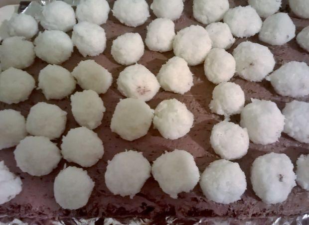 Ciasto czekoladowo-orzechowe z kokosem