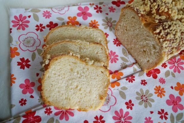 Ciasto drożdżowe plecione z foremki
