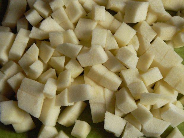 Ciasto drożdżowe z jabłkami i borówkami