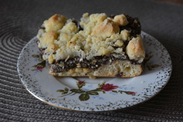 Ciasto drożdżowe z makiem i posypką