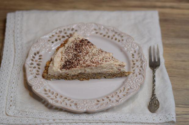 Ciasto fit na spodzie z płatkow owsianych z kremem