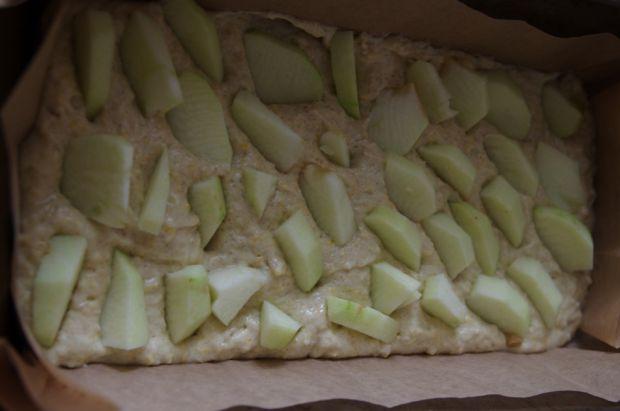 Ciasto jogurtowo-żytnie z jabłkami