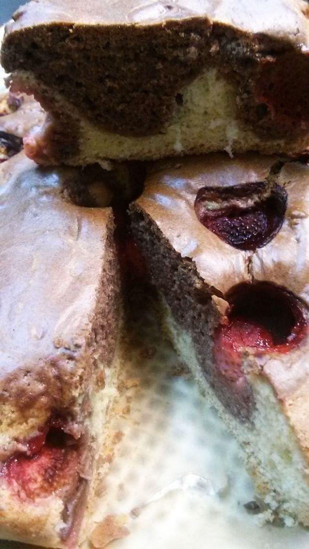Ciasto łaciate z truskawkami