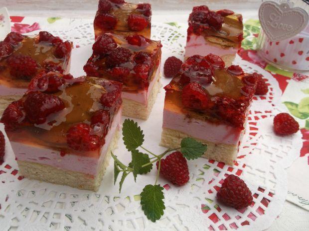 Ciasto ,, Malinowy obłoczek''