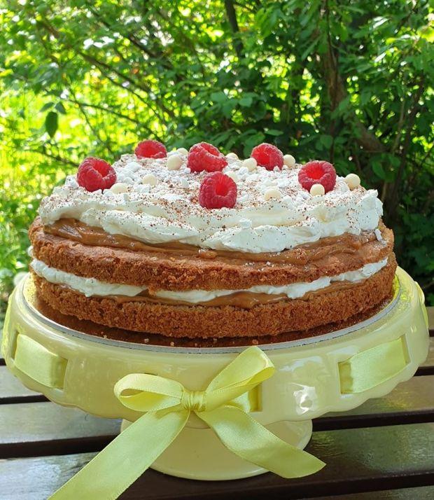 Ciasto marchewkowe z kremem mascarpone i kajmakiem