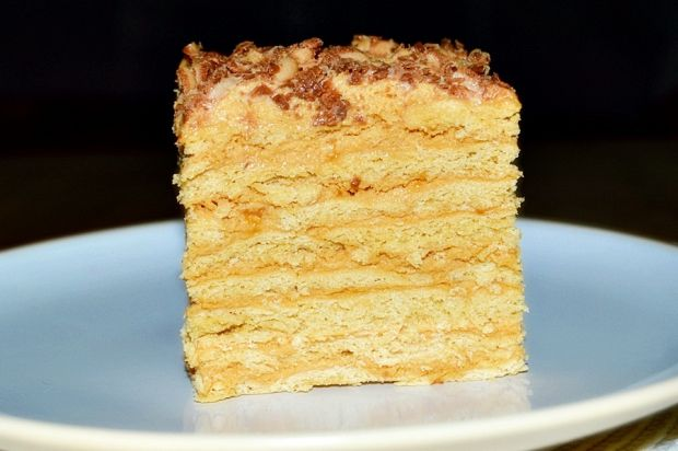 Ciasto Marlenka ( masa śmietanowo-krówkowa)