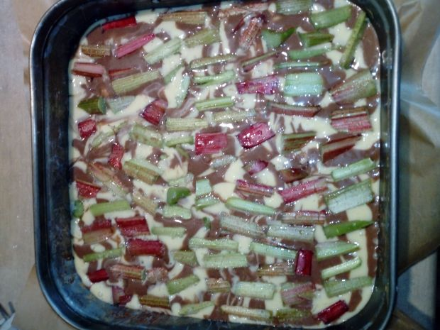 Ciasto marmurkowe z rabarbarem