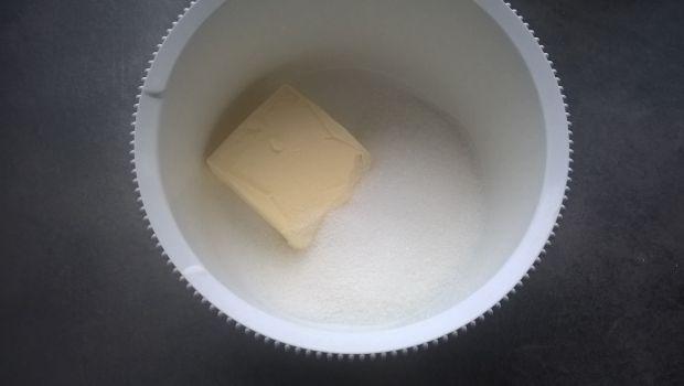 Ciasto migdałowo-gruszkowe