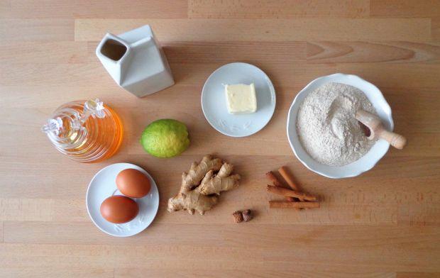 Ciasto miodowe z kremem z mascarpone