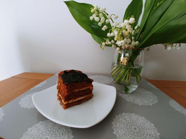 Ciasto miodowe z masą z kaszy manny