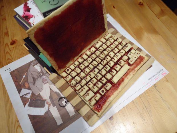 Ciasto - orzechowy laptop