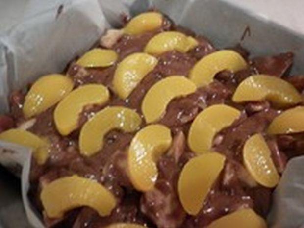Ciasto owocowo - bakaliowe z polewą rumową