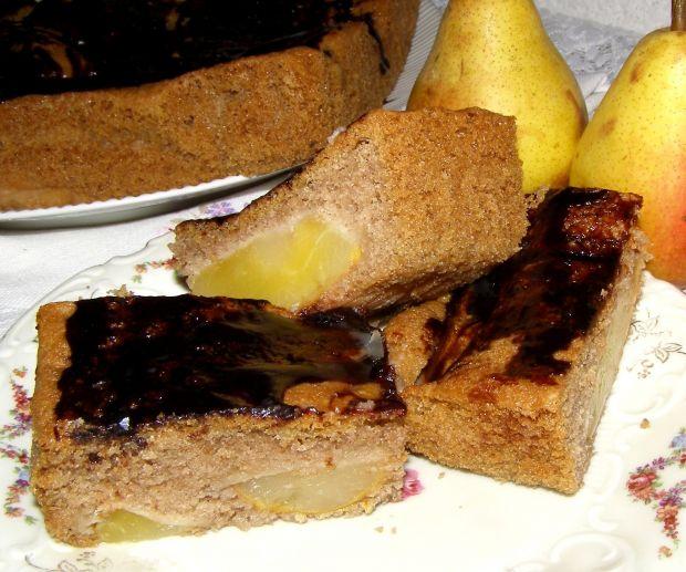 Ciasto piernikowe z gruszkami