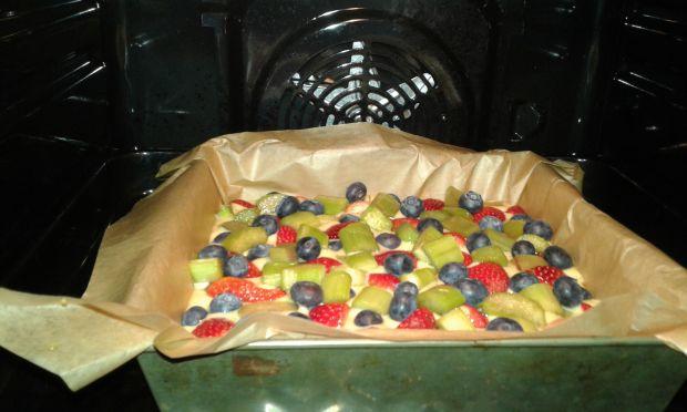 Ciasto rabarbarowo - truskawkowo - borówkowe