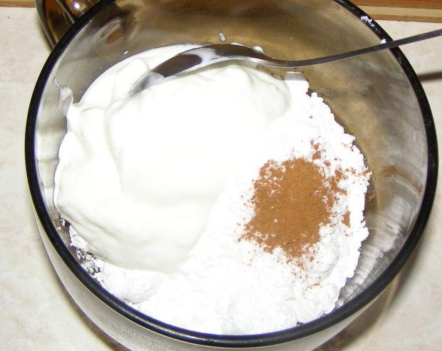 Ciasto śliwkowe z lukrem