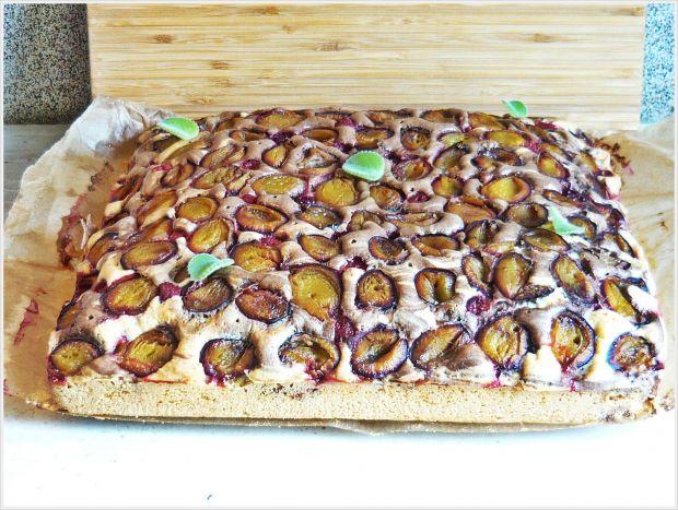 Ciasto śliwkowe z malinami i jeżyną