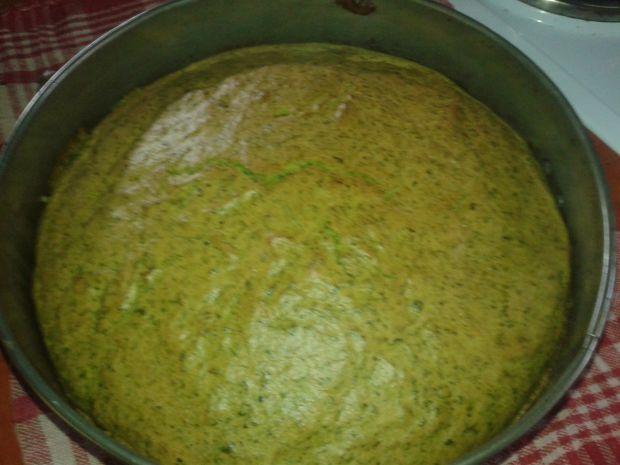 Ciasto szpinakowe z masą śmietankowo - jagodową