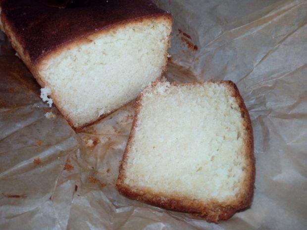 Ciasto ucierane z mlekiem skondensowanym