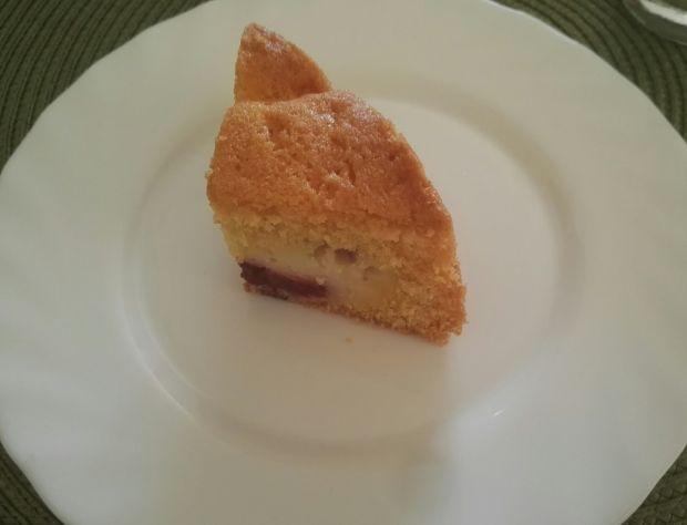 Ciasto ucierane ze śliwkami i serem
