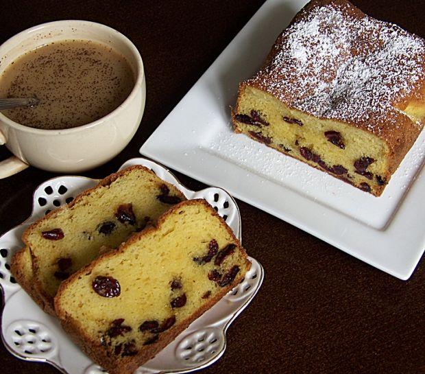 Ciasto waniliowe z suszonymi żurawinami