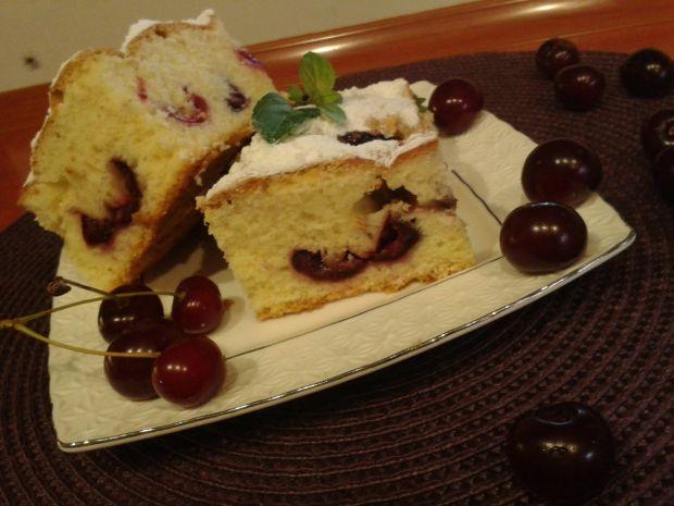 Ciasto z czereśniami z dodatkiem oleju