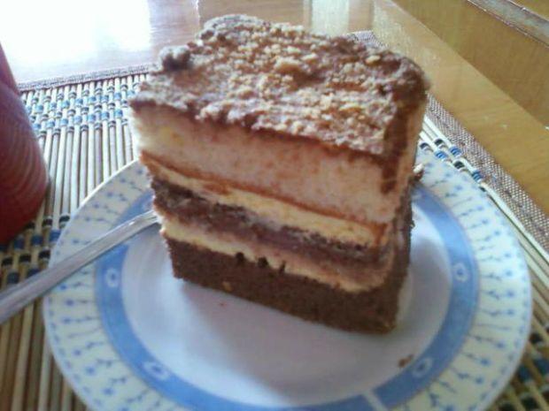 Ciasto z dwoma biszkoptami