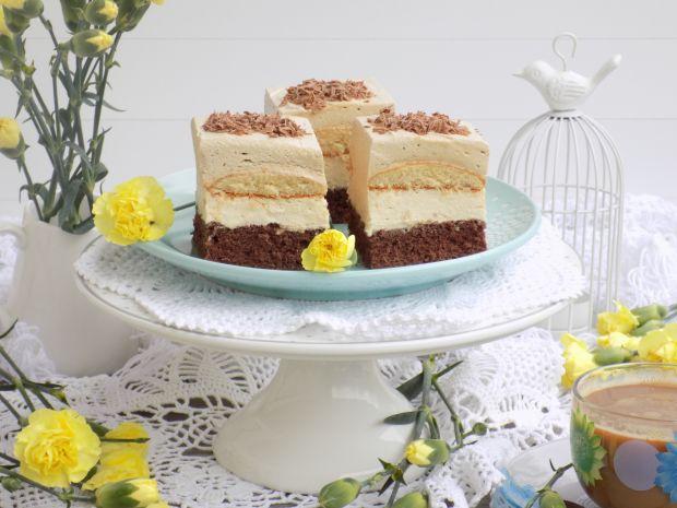 Ciasto z kremem chałwowym i kawową pianką