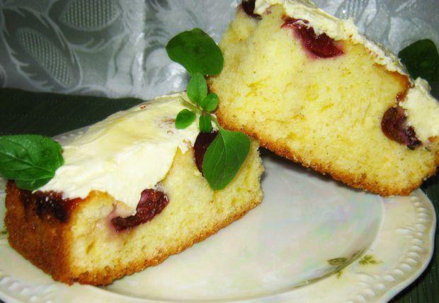 Ciasto z śliwkami i z kremem