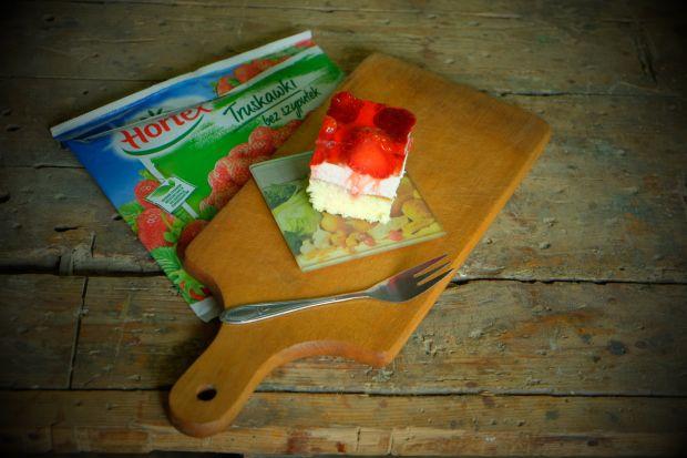 Ciasto z truskawkami i galaretką