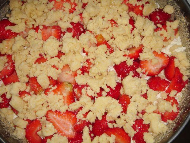 Ciasto z truskawkami i twarogiem