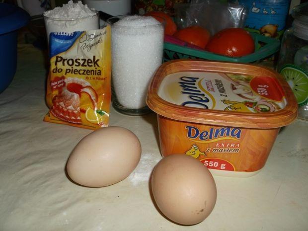 Ciasto z truskawkami pod galaretką