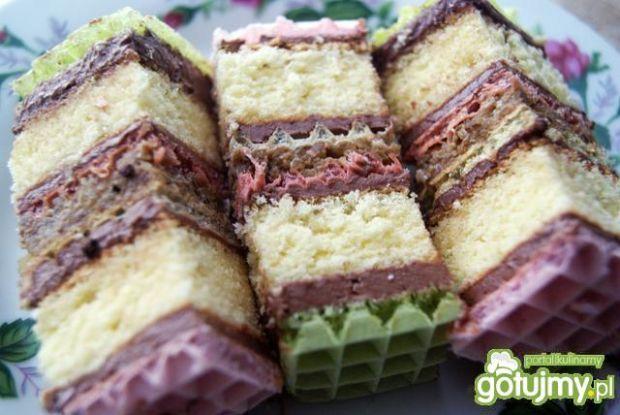Ciasto z waflem przekładane