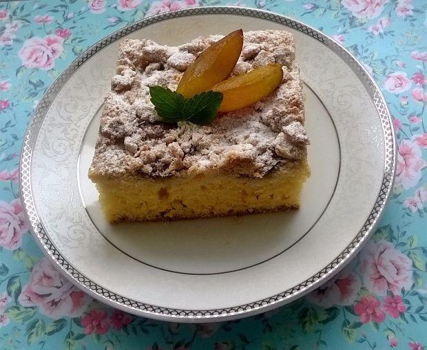 Ciasto ze śliwkami i owsianą kruszonką