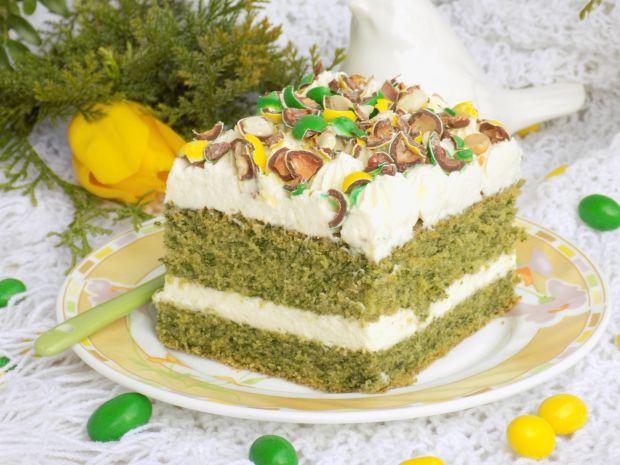 Ciasto ze szpinakiem, kremem i cukierkami