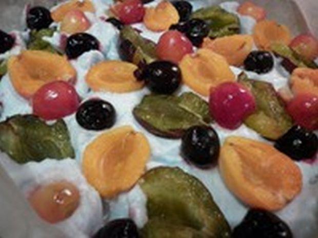 Ciasto żytnio - orkiszowe z owocowym miksem