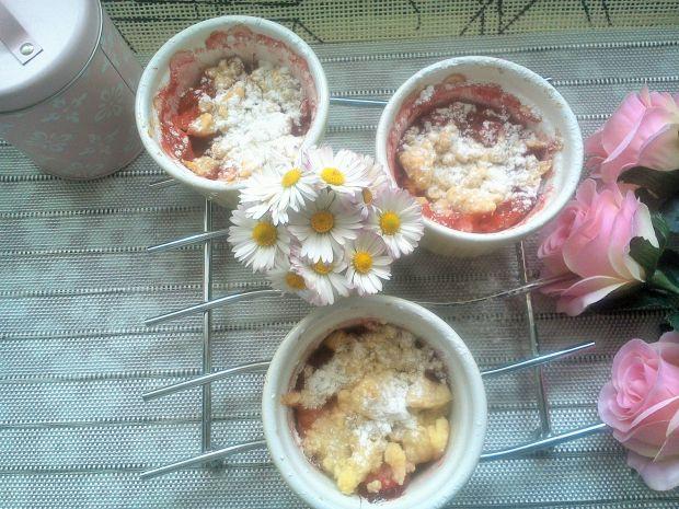 Crumble rabarbarowo-truskawkowe