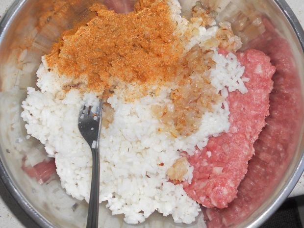 Cukinia i papryka z farszem o smaku gyrosa