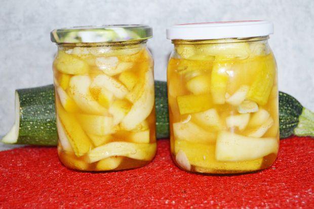 Cukinia z chilli do słoików na zimę