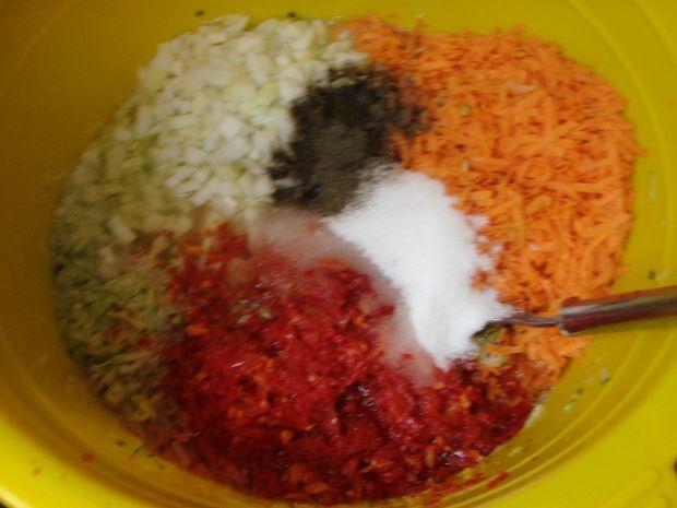 Cukinia z marchewką i papryką