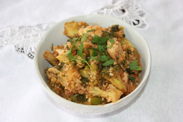 Curry brokułowo-drobiowe
