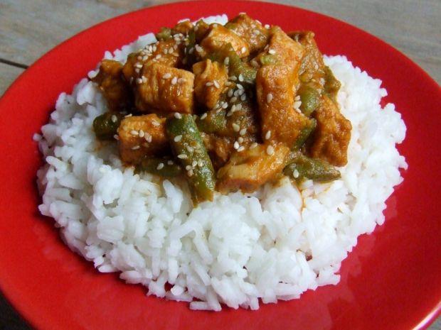 Curry z kurczaka z fasolką szparagową