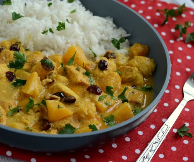 Curry z kurczakiem, dynią i żurawiną
