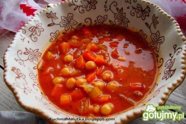 Curry z marchewki i ciecierzycy