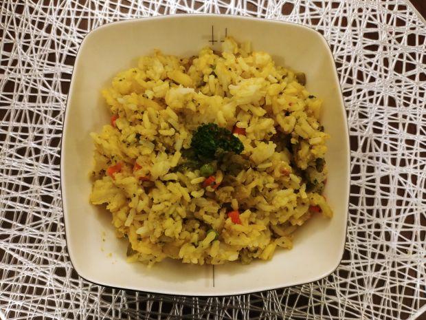 Curry z ryżem i warzywami
