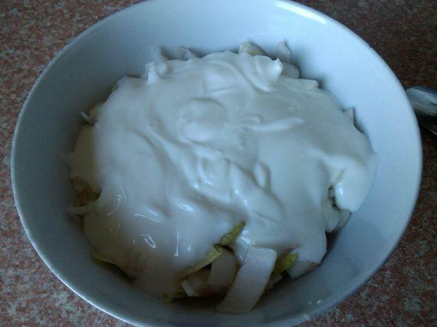 Cykoria z jajkiem i jogurtem