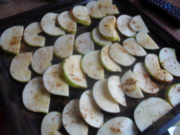 Cynamonowe suszone jabłka