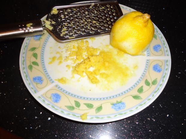 Cytrynowe ciasto piaskowe