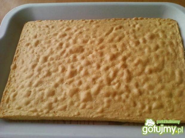 Cytrynowe ciasto z lukrem