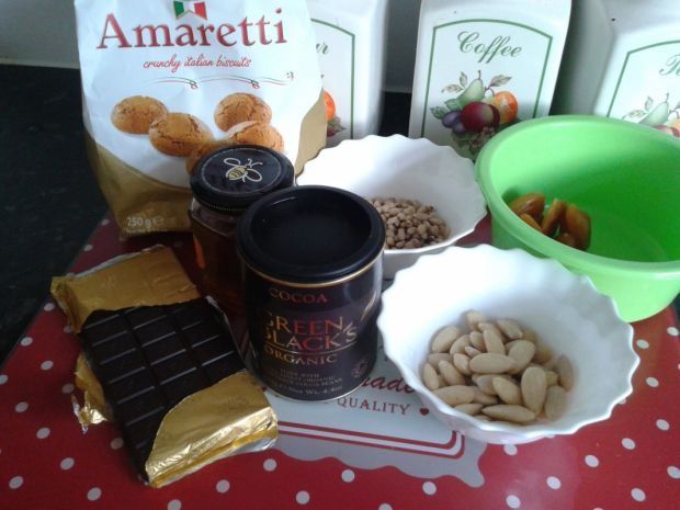 Czekolada z kawałkami Amaretti
