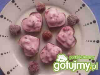 Czekoladowe miseczki z jogurtem